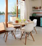 Aanbieding: Saarinen Tulip tafel 120cm noten houtfineer blad_