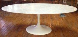 Saarinen Tulip tafel 199 x 121cm Carrara marmer
