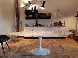 Saarinen Tulip tafel 244x137 Statuario marmer