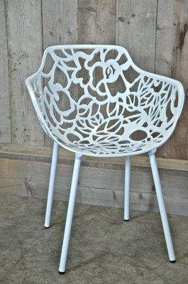 Cast Magnolia Armchair Wit