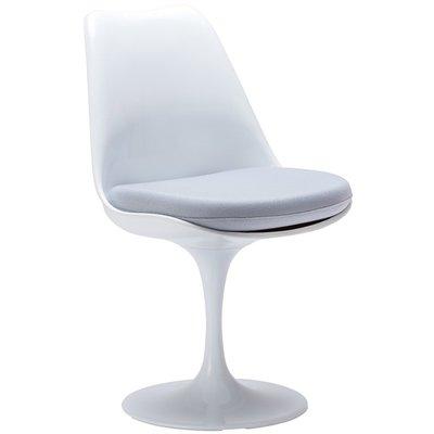Tulip chair, volledig draaibaar met licht grijs kussen