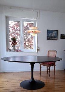 Saarinen Tulip tafel 160cm zwart gelamineerd